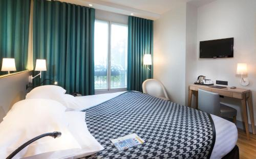 Quality Hotel Acanthe - Boulogne Billancourt photo 14