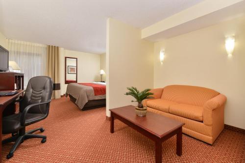 Comfort Inn Birmingham Photo