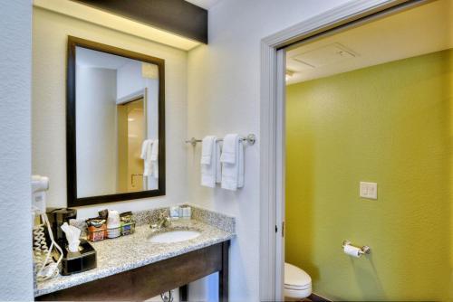 Sleep Inn & Suites Princeton Photo