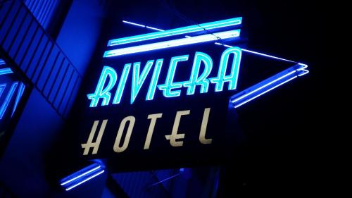 Riviera Hotel On Robson Downtown Vancouver - Vancouver, BC V6G 1C1
