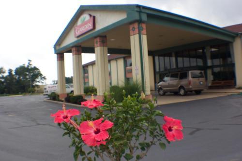 The Garden Inn Hotel Elkhart