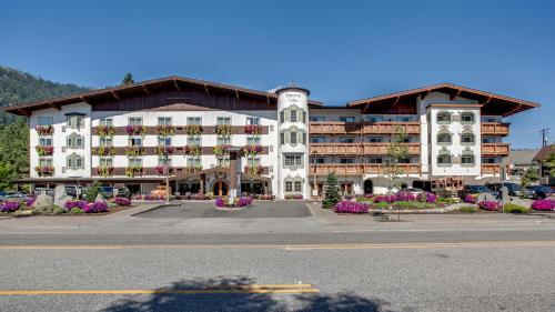 Bavarian Lodge Hotel Leavenworth