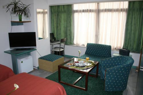 https://q-xx.bstatic.com/images/hotel/max500/352/35227095.jpg