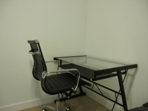 Hydewest - Iceboat Terrace Furnished Townhome - Toronto, ON M5V 4B2
