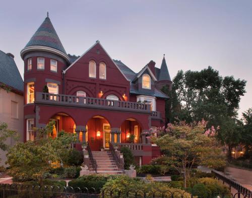 Swann House Photo