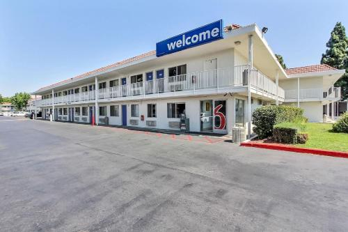 Motel 6 San Jose South Photo