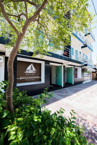 Hotel Portonovo Plaza Malecon Photo