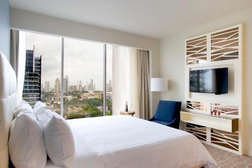 Global Hotel Panama Photo