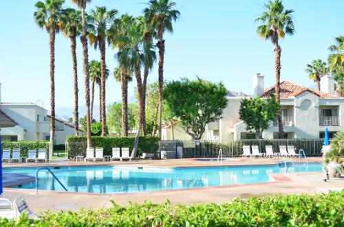 Desert Breezes Resort Photo