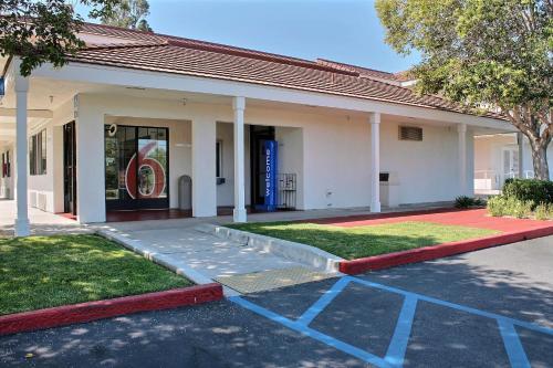 Motel 6 San Luis Obispo South Photo