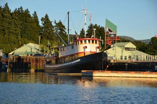Swept Away Inn - Port Alberni, BC V9Y 1T7