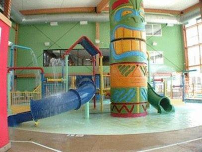 Bridge Vista Beach Hotel Mackinaw City