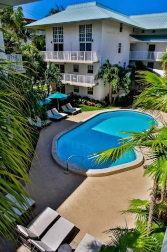 Suites At Coral Reef Resort - Key Biscayne, FL 33149