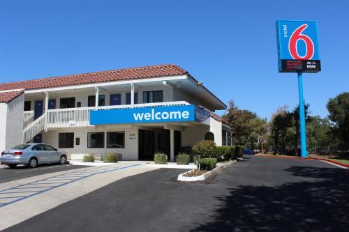 Motel 6 Paso Robles Photo