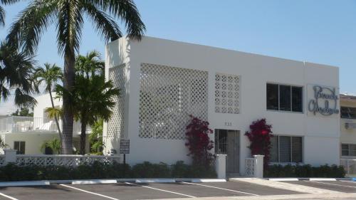 Beach Gardens A North Village Resort Hotel Fort Lauderdale