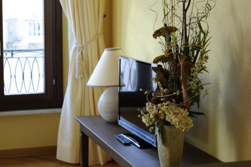 Piazza Azuni 18 Guest House Foto 19