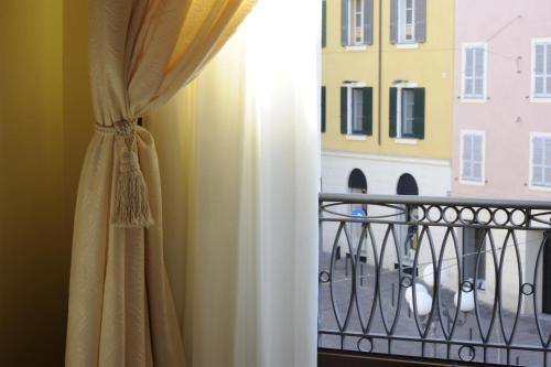 Piazza Azuni 18 Guest House Foto 12