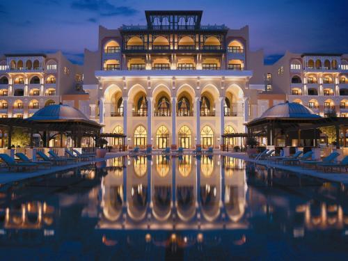 Shangri-La Hotel, Qaryat Al Beri impression