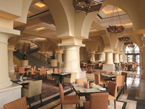 Shangri-La Hotel, Qaryat Al Beri photo 7
