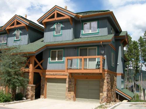 Los Pinos By Wyndham Vacation Rentals - Breckenridge, CO 80424