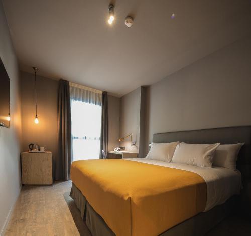 Yurbban Trafalgar Hotel photo 3