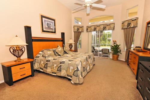 49945 By Executive Villas Florida - Davenport, FL 33897