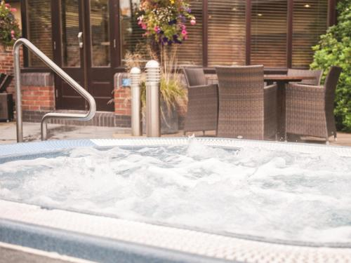Cottons Hotel and Spa