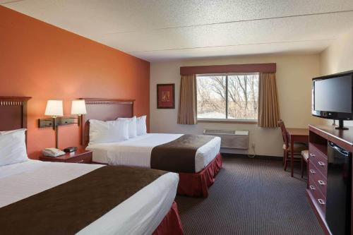 Americinn By Wyndham Valley City - Conference Center