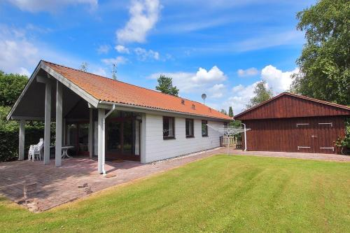 Holiday home Hasselvænget G- 1611