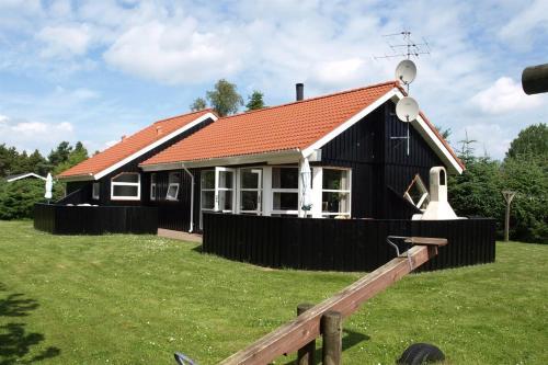 Holiday home Brombærvej F- 690