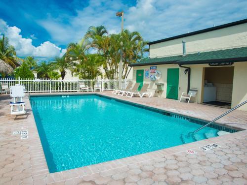 Travelodge Florida City Photo