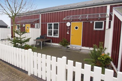 Holiday home Øerkrogvej D- 3296