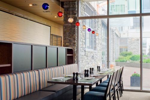 The Sidney Pier Hotel & Spa - Sidney, BC V8L 4X3