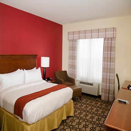 Holiday Inn Express Hotel & Suites Lagrange I-85 Photo