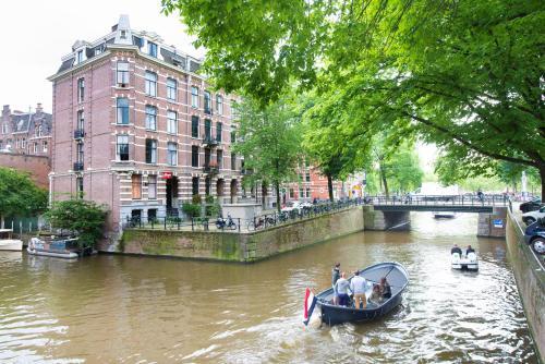 Hotel Amsterdam Inn photo 8