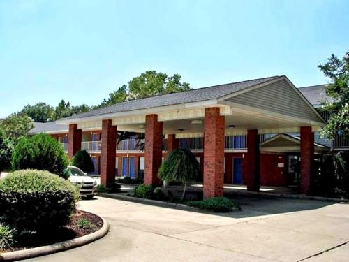 Delta Inn - West Helena, AR 72390