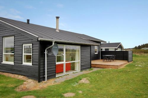 Holiday home Maries H- 196