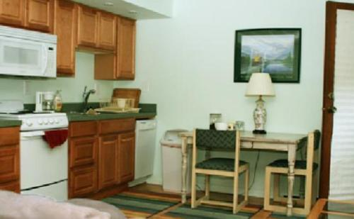 Anchorage Walkabout Town Bed And Breakfast - Anchorage, AK 99501