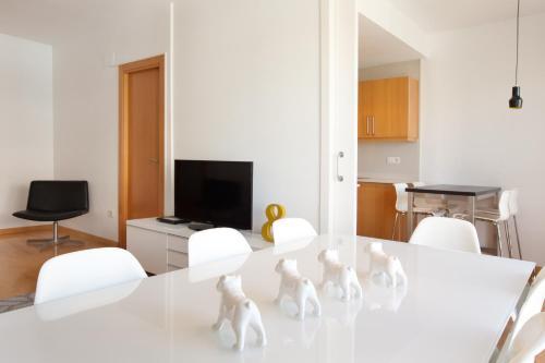 Apartment The White Duplex photo 7