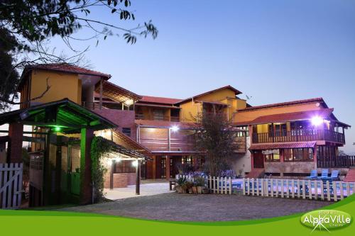 Hotel Alpha Ville Chalés Photo
