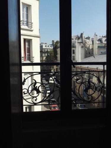 LPL Paris Hotel photo 9