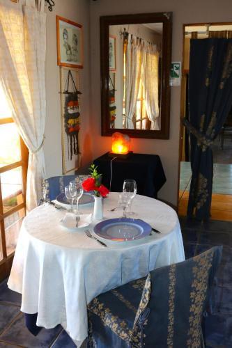 Hotel Euro Charles Photo