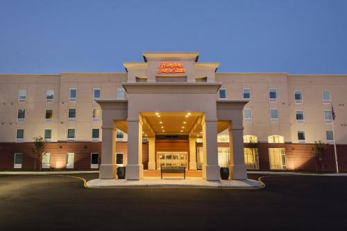 Hampton Inn & Suites Wilmington Christiana - Newark, DE 19713