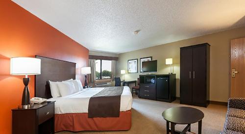 AmericInn Lodge & Suites Algona Photo