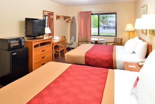Econo Lodge Ithaca Photo