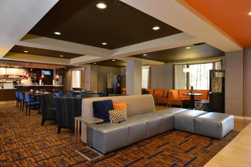Courtyard By Marriott Bentonville - Bentonville, AR 72712