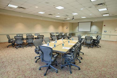 Peachtree City Hotel - Conference Center - Peachtree City, GA 30269