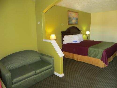 Americas Best Value Inn & Suites Hempstead Photo