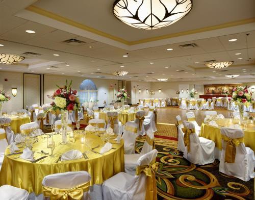 The Clinton Inn Hotel - Tenafly, NJ 07670