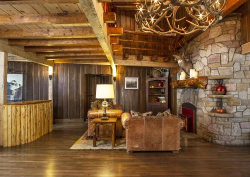 Jackson Hole Lodge Photo